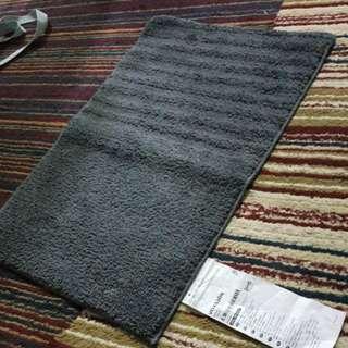 NEW Ikea bath mat (Voxsjön) (Dark Grey)