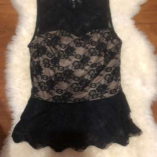 MDS lacy top