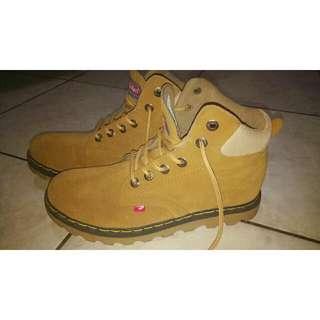 Sepatu Kece Pria
