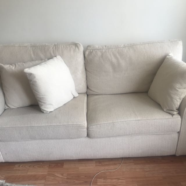 2 PERSON COUCH