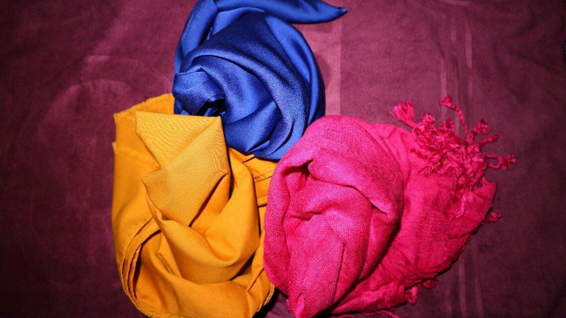 3 Hijab pasmina (Kuning Kunyit,Biru electric & Shocking Pink)