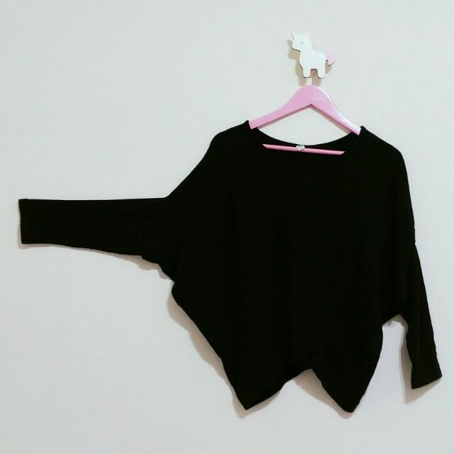 4折 正韓蝙蝠袖下襬不規則長袖上衣  (春前折扣優惠中)