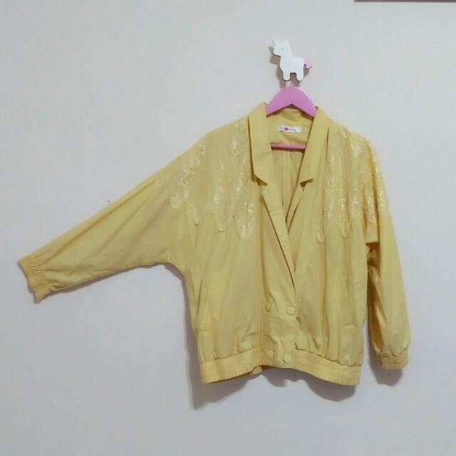 古著復古雙排扣翻領鵝黃寬鬆外套