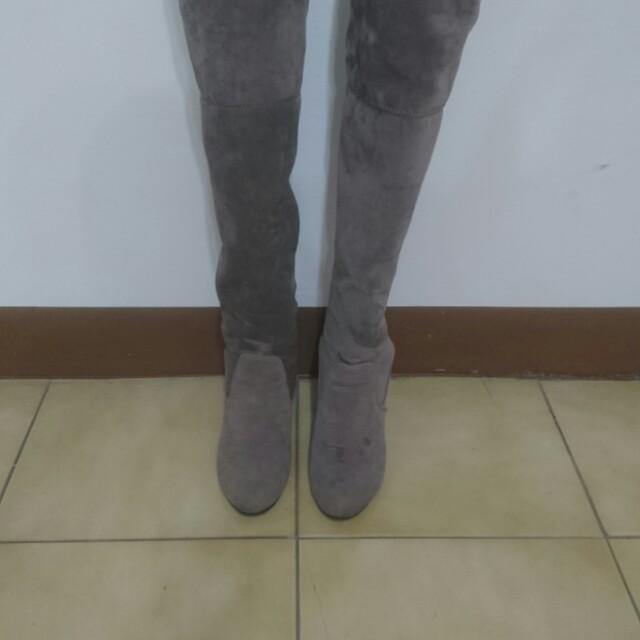 灰色 麂皮 過膝靴  22.2