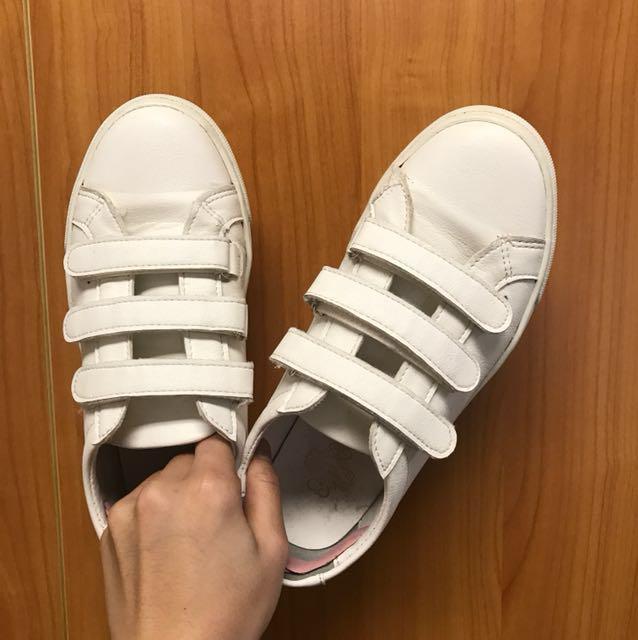 出清 正韓 魔鬼氈小白鞋 23