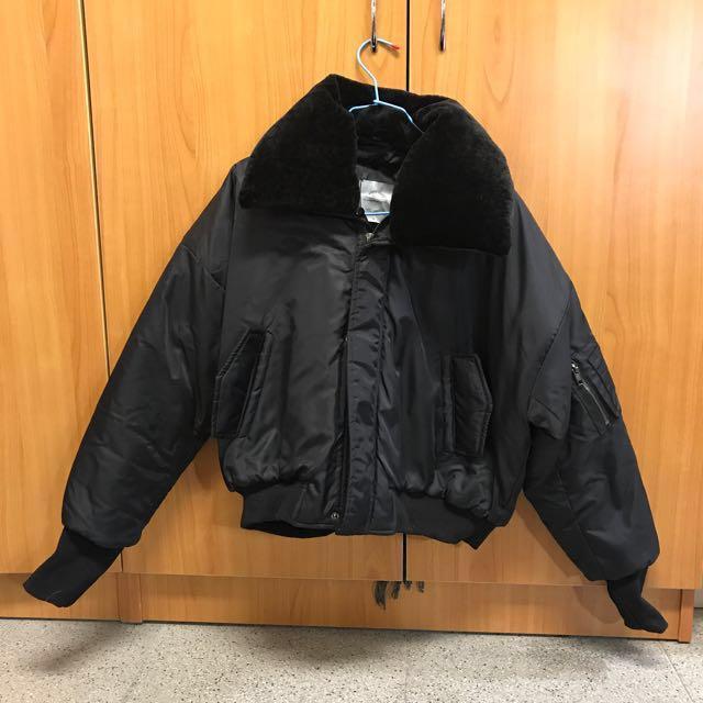 出清 全新 可拆式毛 翻領 短版 厚鋪棉 造型飛行外套