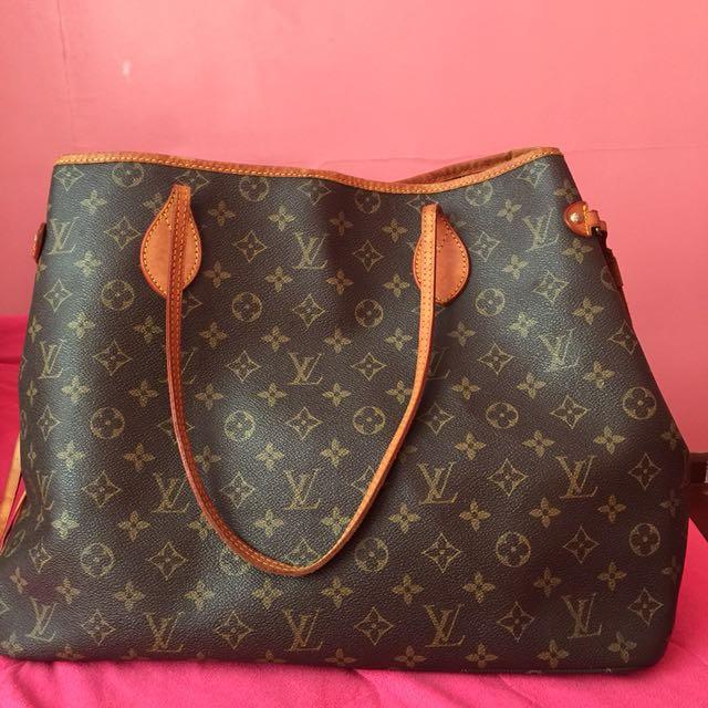 3356fac231c Carousell의 • pre-loved Louis Vuitton bag   replica - class A ...