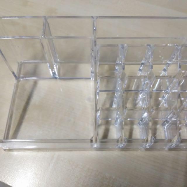 Acrylic liptick organizer