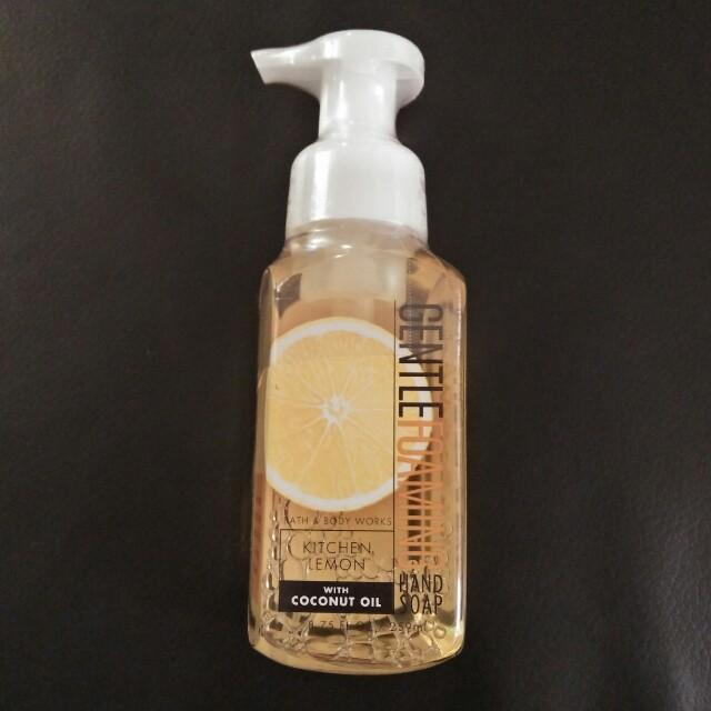 Bath & Body Works Kitchen Lemon Foam Wash