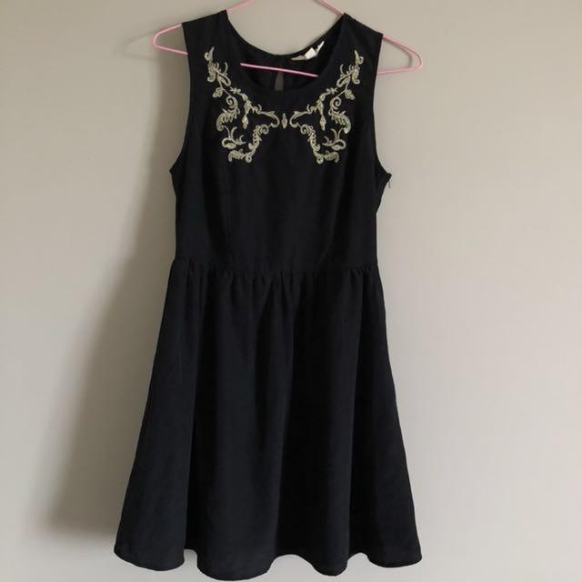 Black chiffon dress (Size 8)