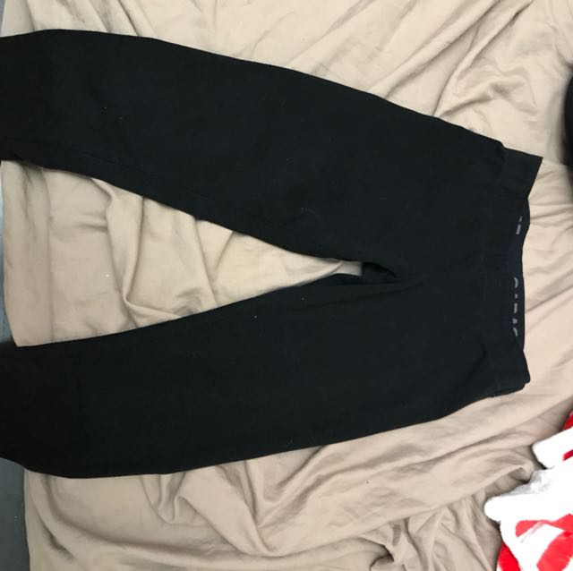 black garage leggings