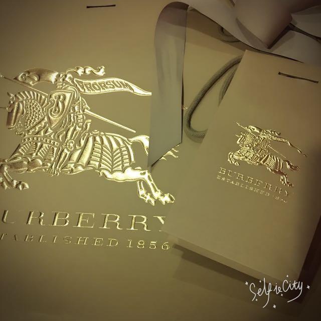 BURBERRY精品紙袋
