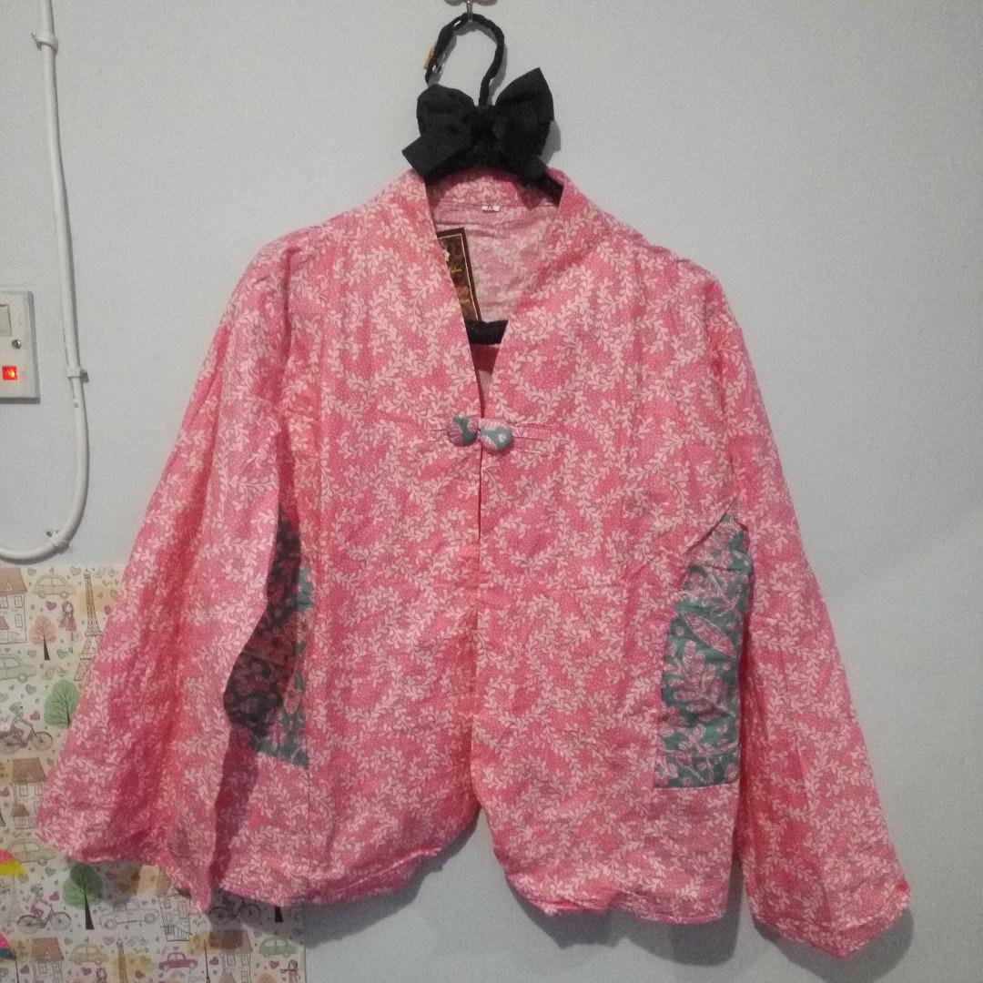 Cape Blazer Batik Pink