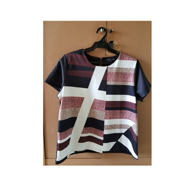 Casual Top with Patterns
