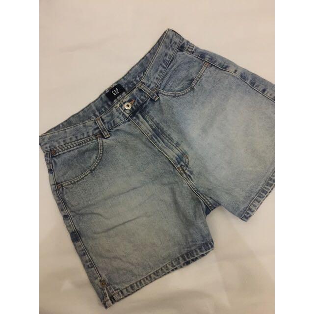 Celan pendek GAP ori size 32