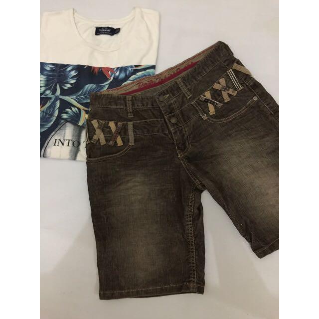 Celana pendek corduroy size 30
