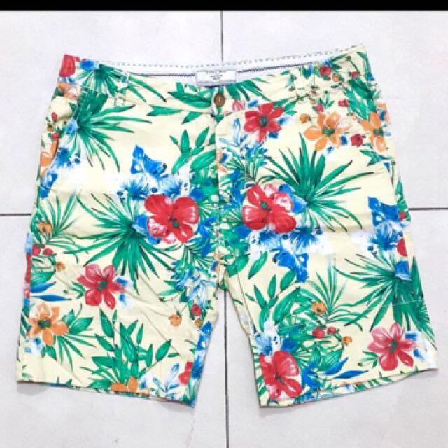 Celana pendek ZARA MAN size 36