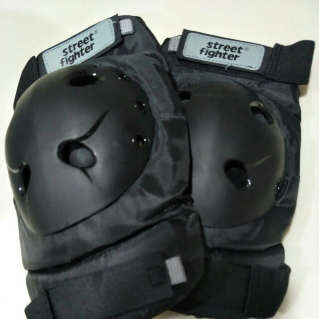ComfortDelGro Training Knee Guard