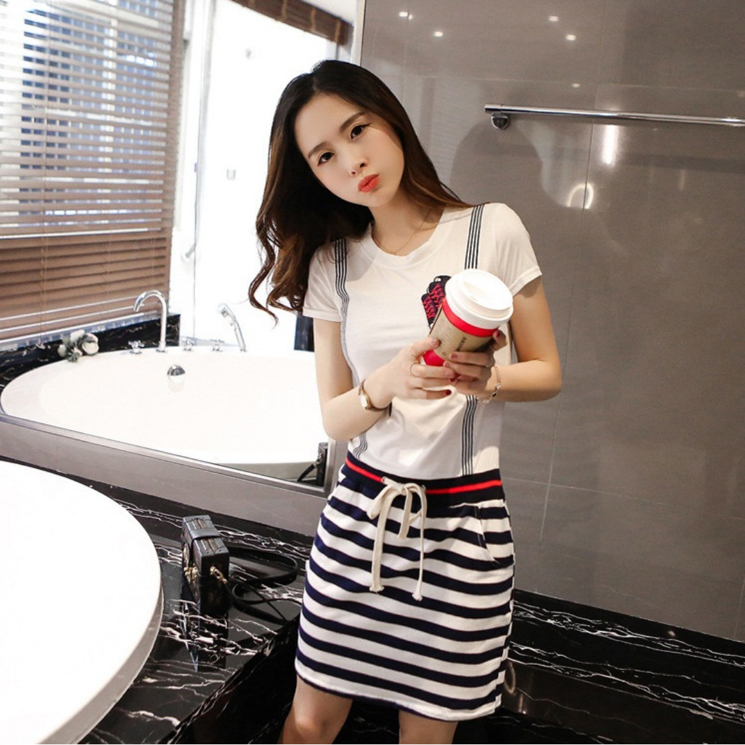 Cute, pretty, summer style Korean all-in-one black and white striped skirt and white top with rope belt tie; colour: White; size Small