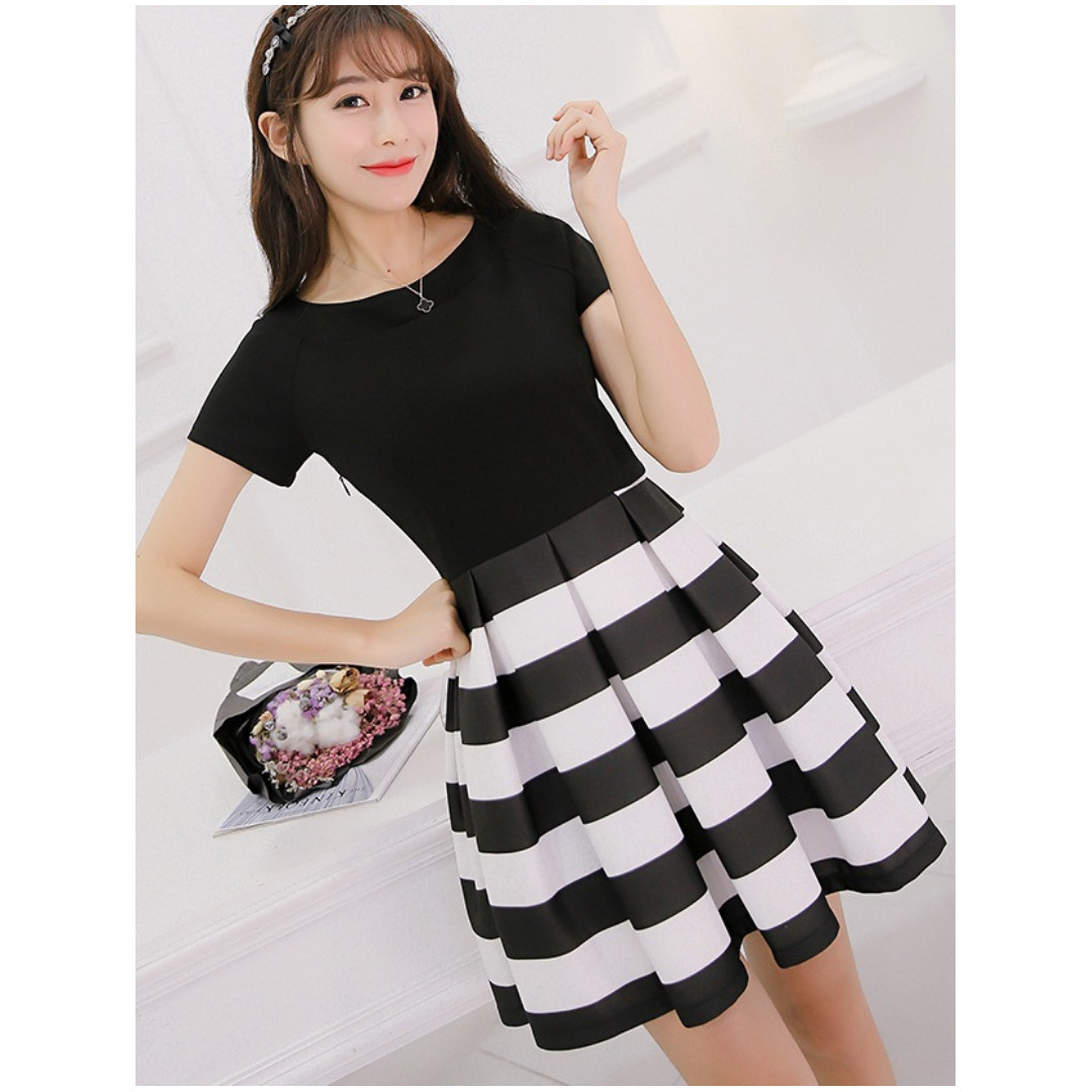 Cute, sexy summer Korean style short sleeve black & white striped slim skirt and top one-piece; size Small