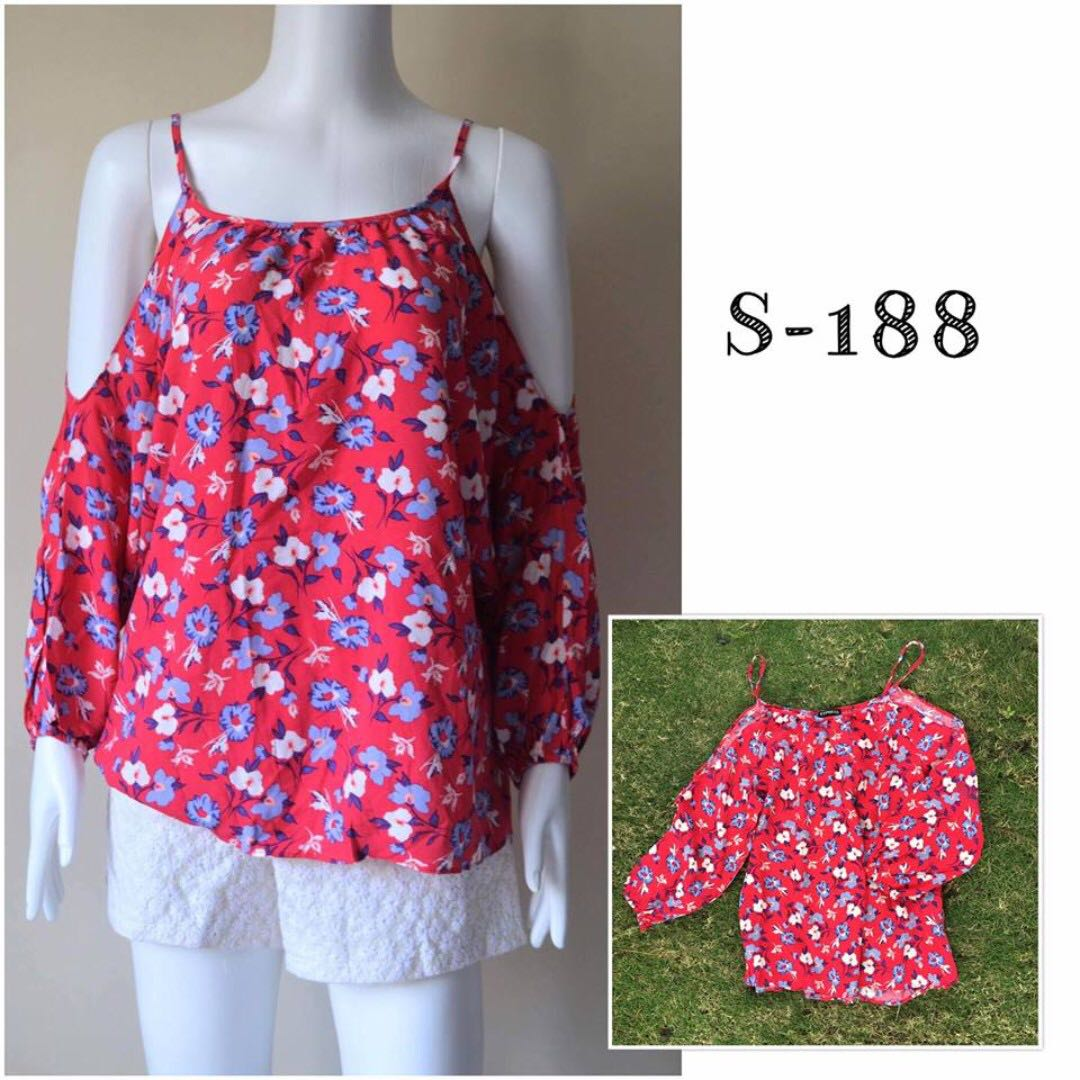 Floral Off Cut out Blouse