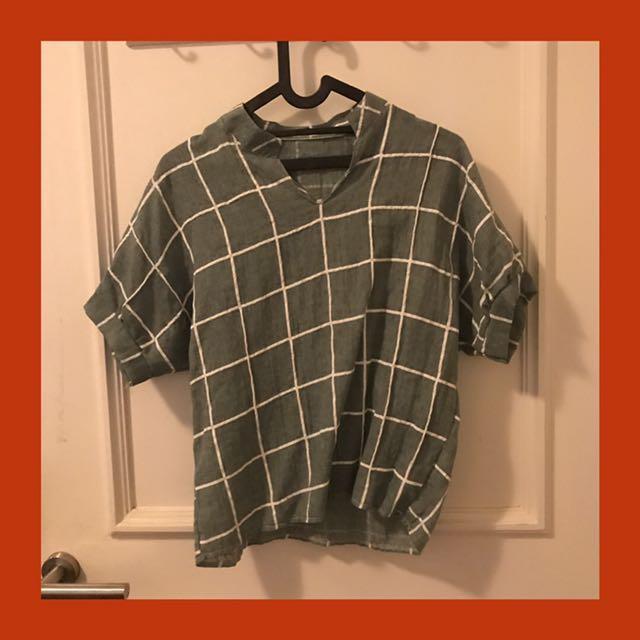 Green Grid Print Dip Hem V Neck Blouse
