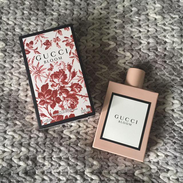 (Gucci) bloom perfume