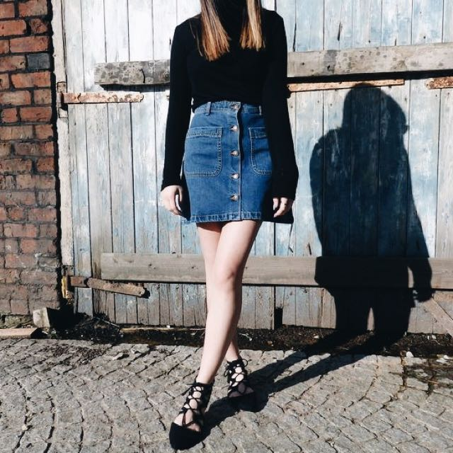 H&M Button Up Denim Jeans A-Line Skirt in Blue