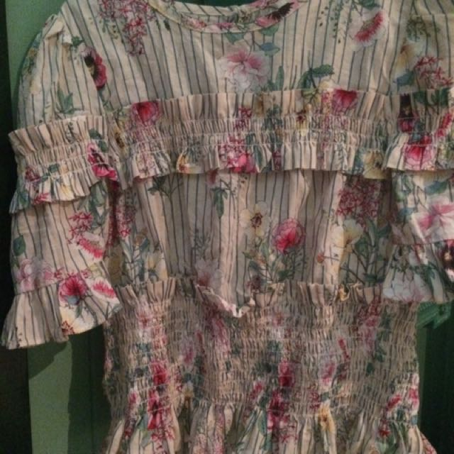 h&m europe xs new top (no tag)