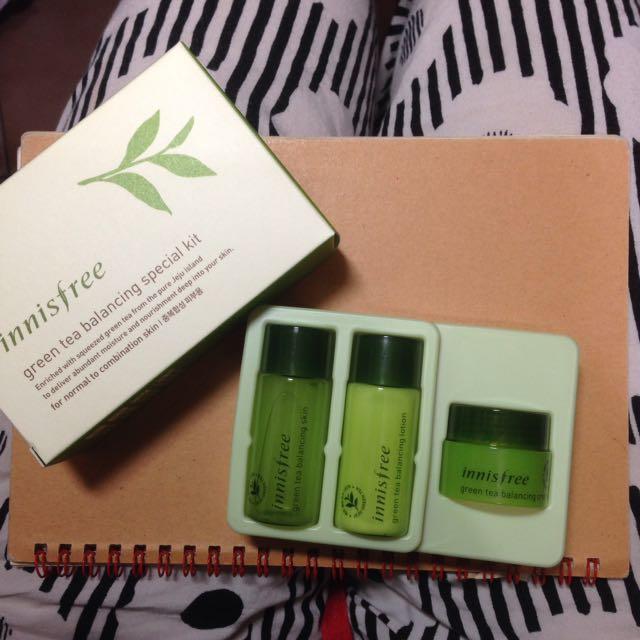 Innisfree 綠茶水平衡護膚組