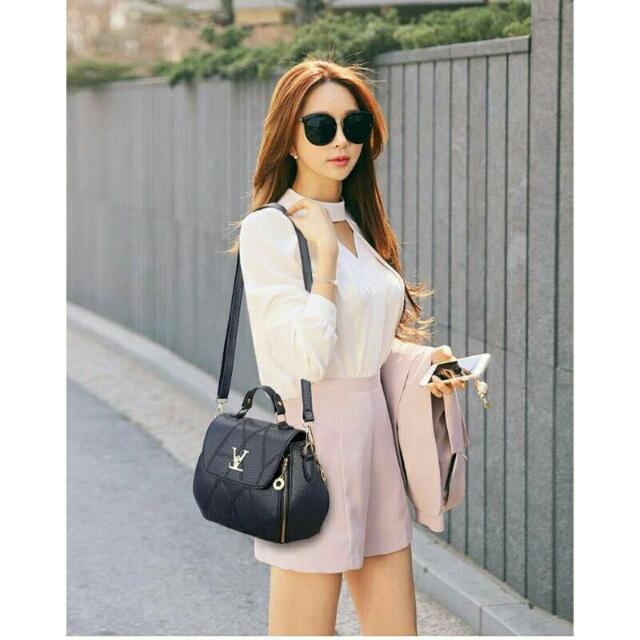 KOREAN SLING BAG SMALL
