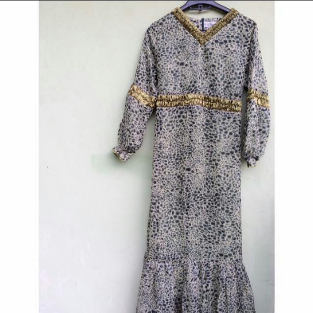 Long dress (gamis)