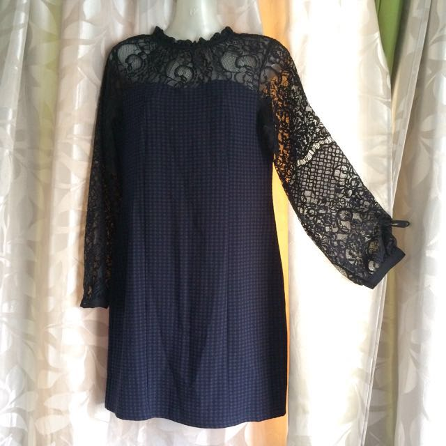 Long Sleeve Lace Shoulder