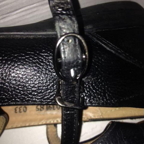 Looking For Shoe Belt