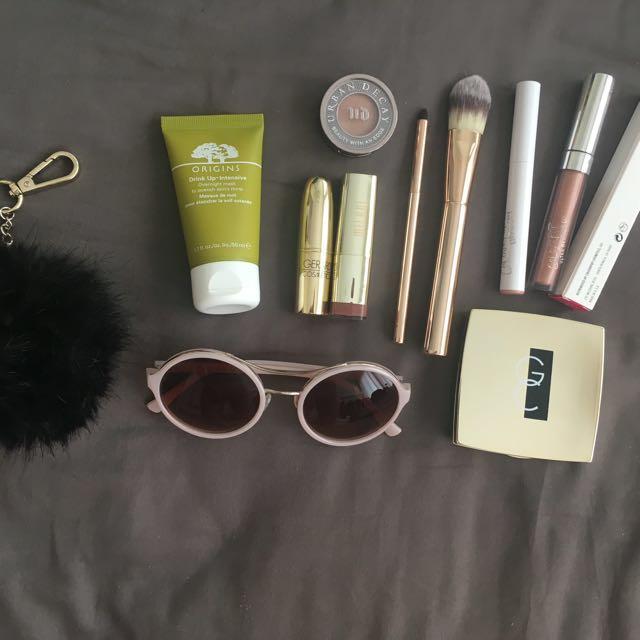 Makeup/Accessory Bundle