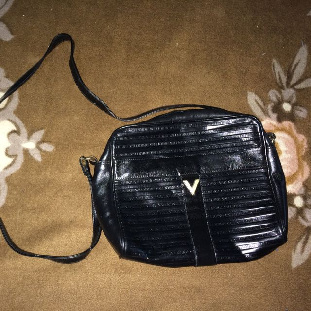 cd5f34e26a Mario Valentino Sling Bag, Women's Fashion, Bags & Wallets on Carousell