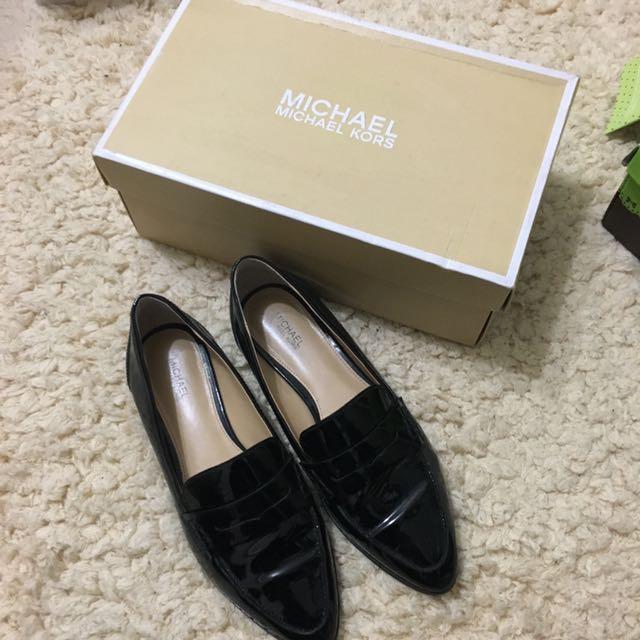 MICHAEL KORS 漆皮樂福鞋 7.5