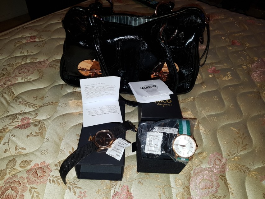 MIMCO BLACK&ROSEGOLD LARGE TURNLOCK HANDBAG AND MATCHING WATCH AND TIMEPEACE WATCH