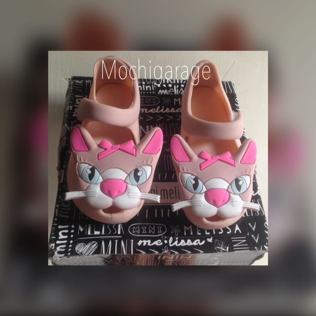 Mini melissa cat replica