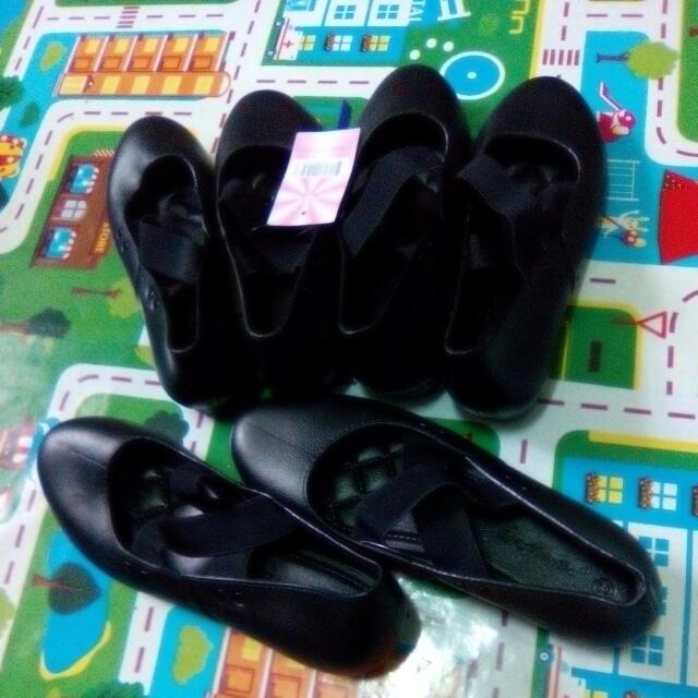 New Korean Imported Black Summer Shoes, P275 Each