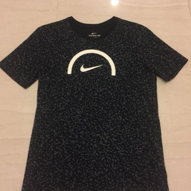 Nike 休閒服飾 L號