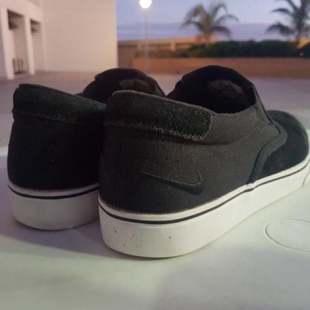 Nike - Slip On
