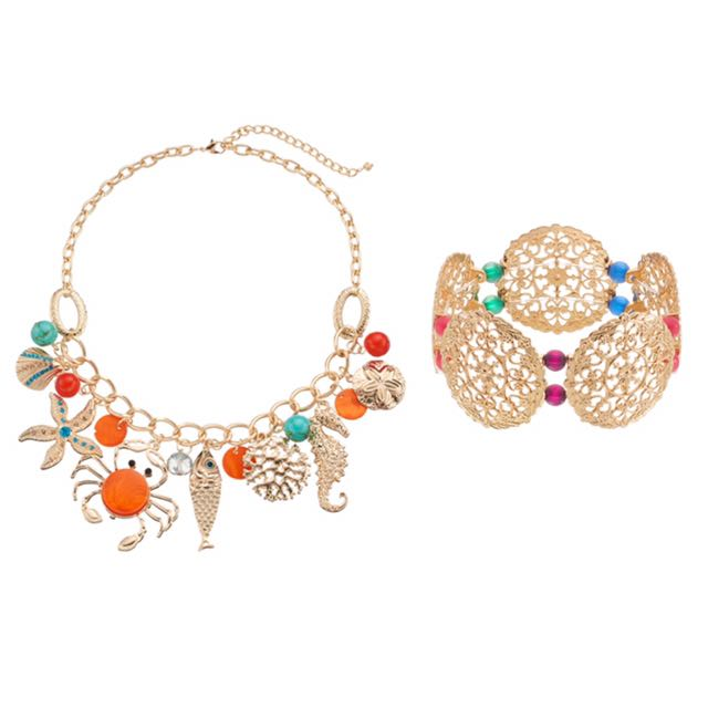 NWT Women's color jewelry set
