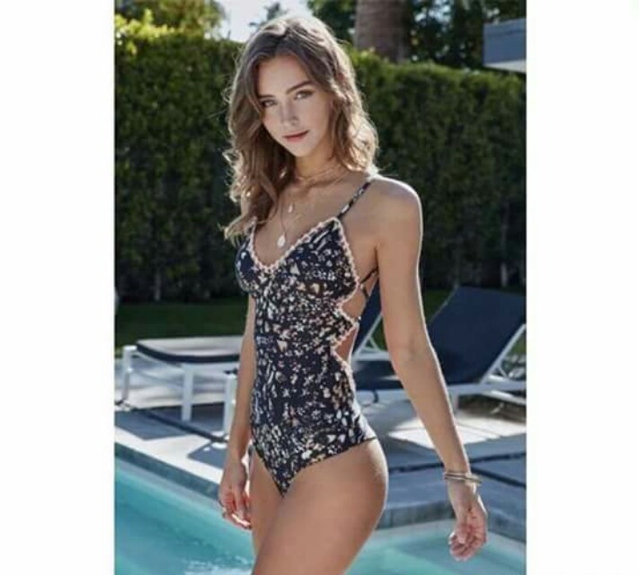One Piece Sexy Back