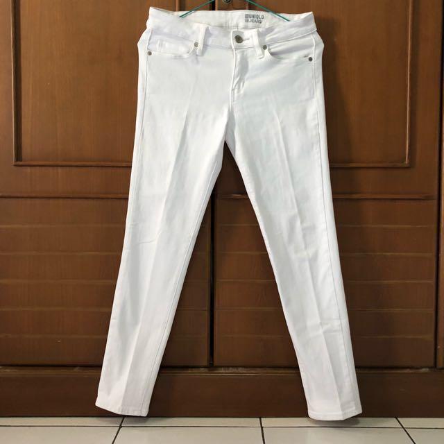 Reprice ! Uniqlo White Jeans