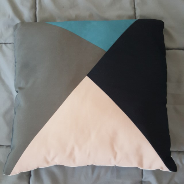 Reversible Cushion