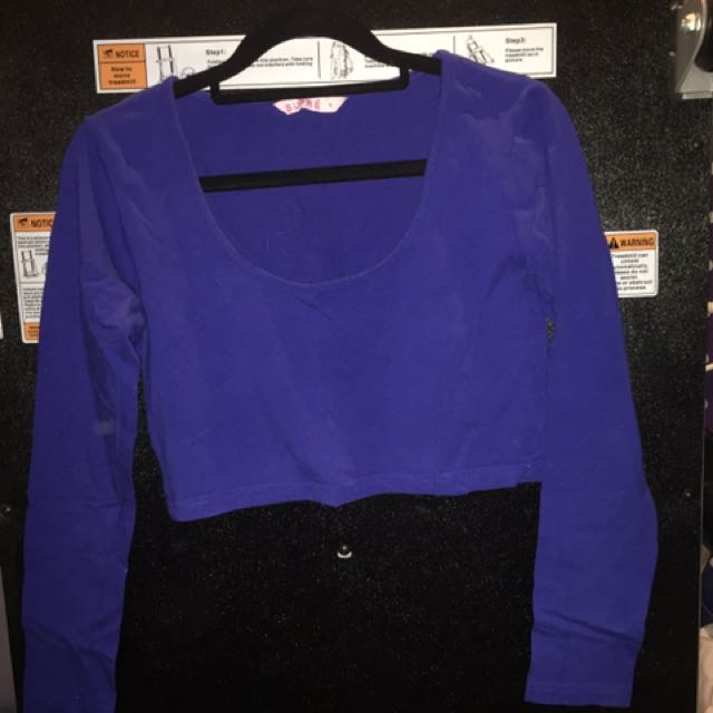 Royal blue long sleeve crop top