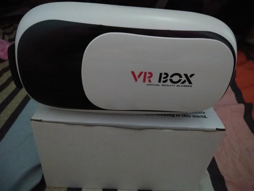 VR BOX Brandnew