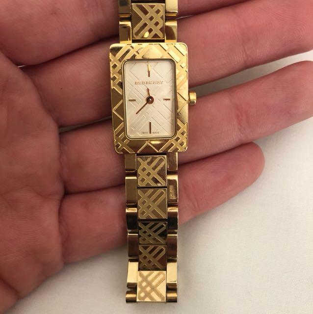 Women's BURBERRY Gold wristwatch