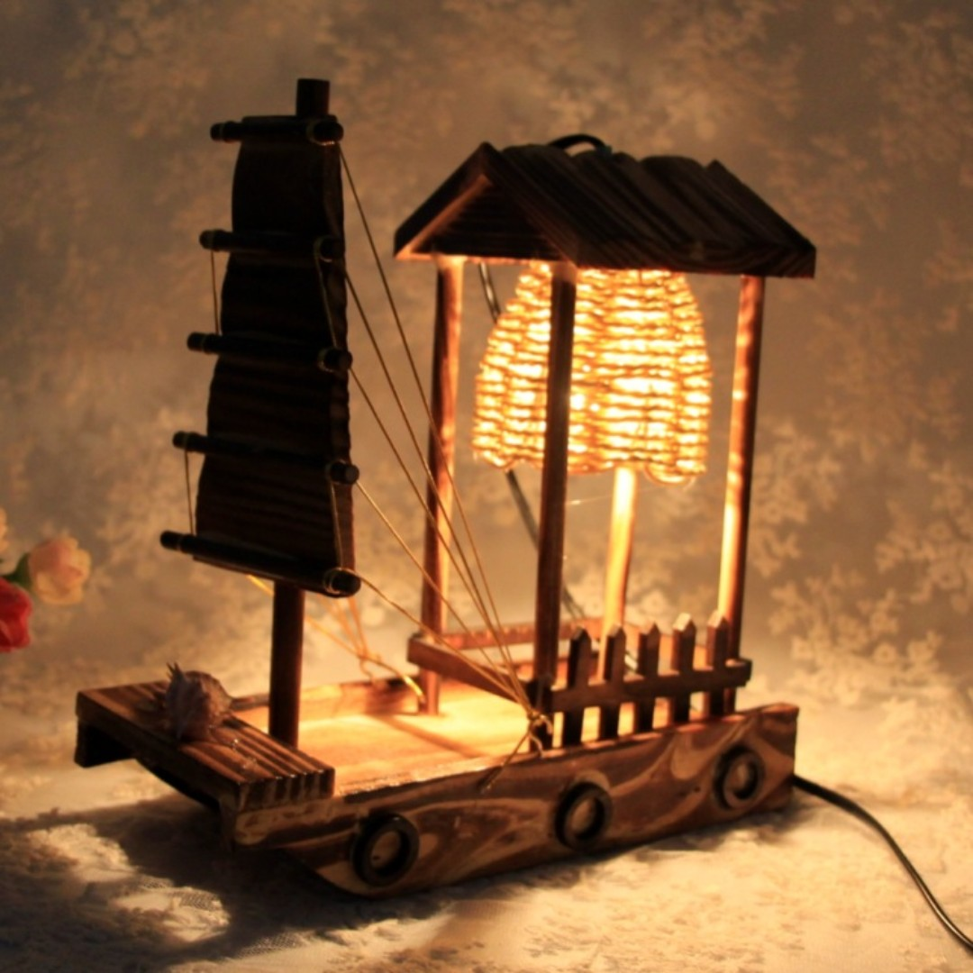 WOOD MADE TABLE LAMP